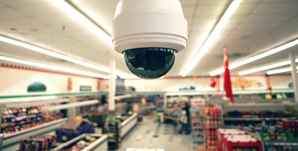 Giải pháp camera IP giám sát qua mạng network cho cửa hàng bán lẻ.